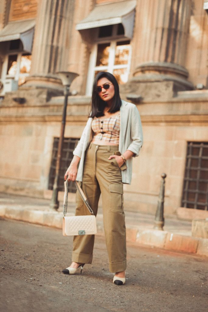 ed564ab3 Linen Blazer – Primark | Crop Top – Zara | Pants – H&M | Bag – Chanel |  Bracelets – Dior | Shoes – Chanel